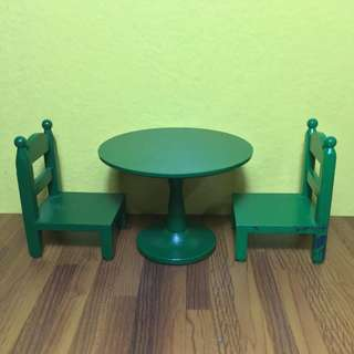 Sylvanian Families Green Table & Chairs set