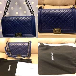 Boy Chanel 28cm bag 羊皮深藍色(有卡有塵袋)