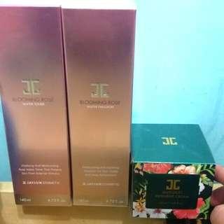 韓國Jayjun水光乳Toner及乳液(左邊兩枝)