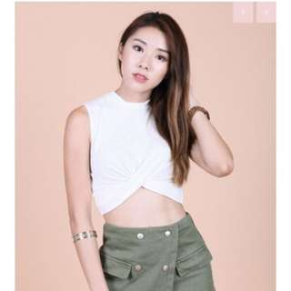 Wrap twisted Crop TOP in white