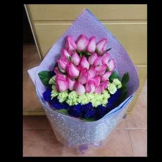 😘💐情人節 鲜花花束 $1,680💏💕Valentine's Day Fresh Flower Bouquet