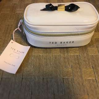 100% New Ted Baker 化妝袋