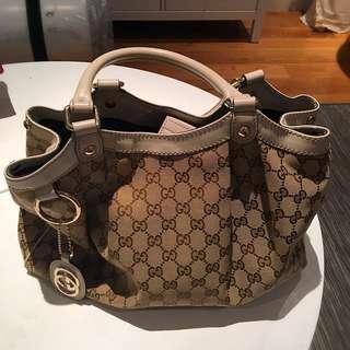 Gucci Signature tote bag