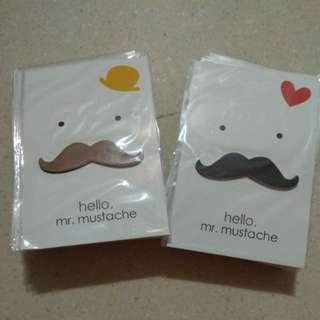 Postcard Moustache Post It