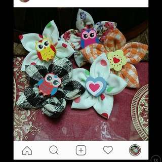 Mini fabric brooch 3 pcs $2
