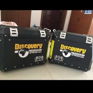 Discovery sticker