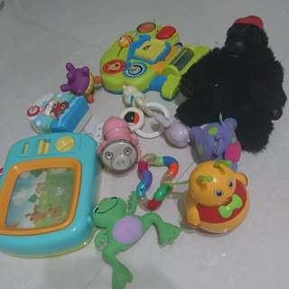 Baby toy rattle music