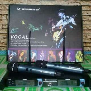 Senhiser dual wireless microphone