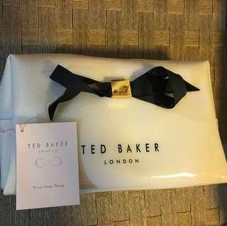 100% new Ted Baker 最大號 化妝袋 旅行袋 防水