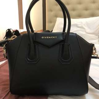 Givenchy Antigona patent matte leather