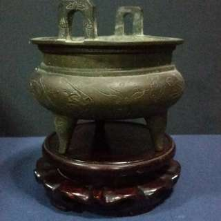 Republic China Bronse Standing Style Incense Burner.晚清仿明宣德道家铜炉