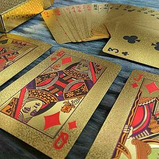 BRAND NEW Gold playing cards