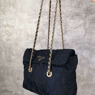 Parda 日本中古 經典款 深寶藍色 金色鏈 袋
