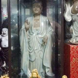 China Zie Wan Porcelain Standing Posture Buddha ( Er Mi Tou Fe )  Statue新中国1949-1965石湾陶瓷佛祖雕像(名家刘泽民做)