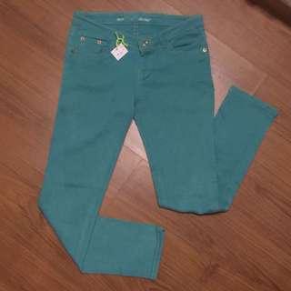 Pants (authentic LEVIS-size28)