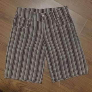 Shorts size30