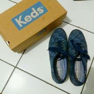 Sepatu Keds Ori
