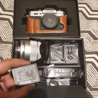 Preloved Fujifilm X-T10 with 16-50mm Lens Set.
