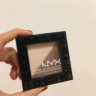 NYX 修容打亮盤