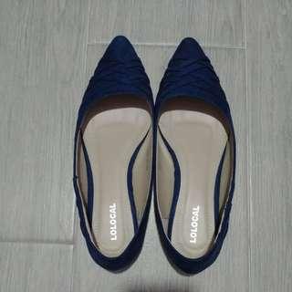 藍色絨面平底鞋