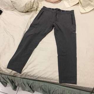 grey 7/8 pants