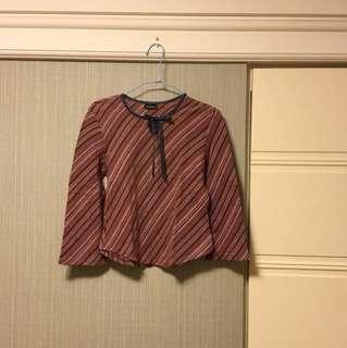 🚚 條紋綁帶上衣