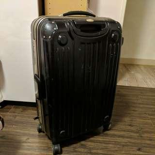 戰車commodore 硬殼 霧面黑 27吋 行李箱