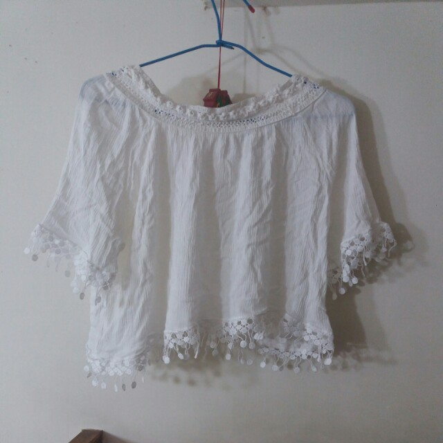 圈圈短版白色短袖