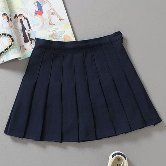 [全新] 高腰深藍藏青色百褶裙(內建安全褲)