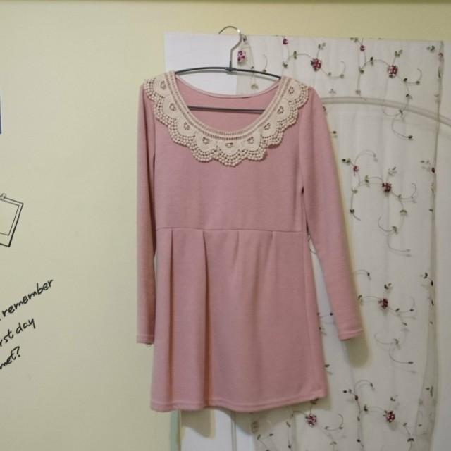 #大掃除五折 粉色蕾絲針織小洋裝