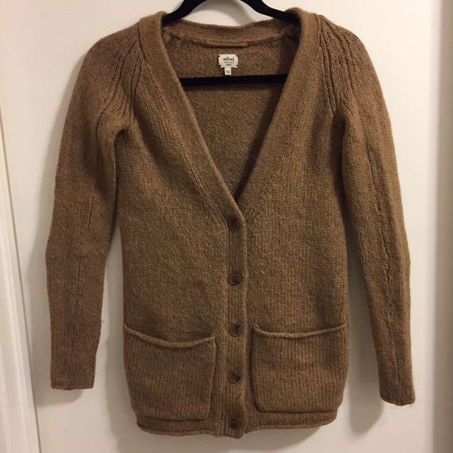 Aritzia Wilfred sweater - size xs