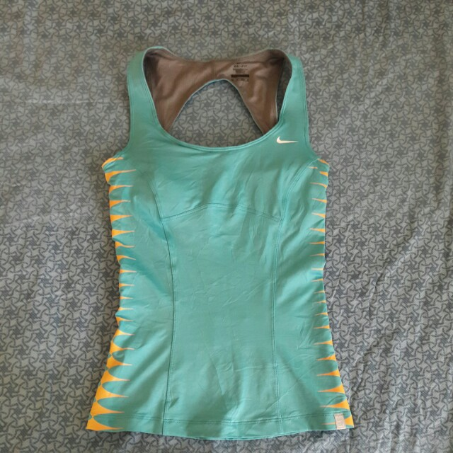 Auth nike dri-fit for women