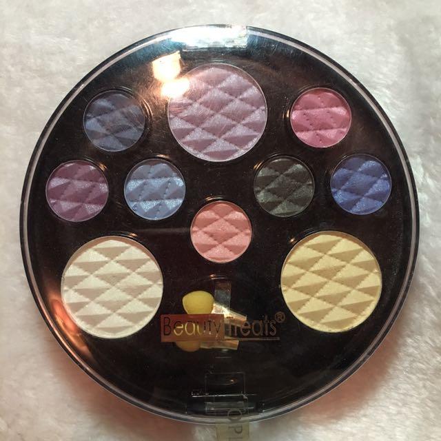 BeautyTreats 10 Eyeshadow Palette