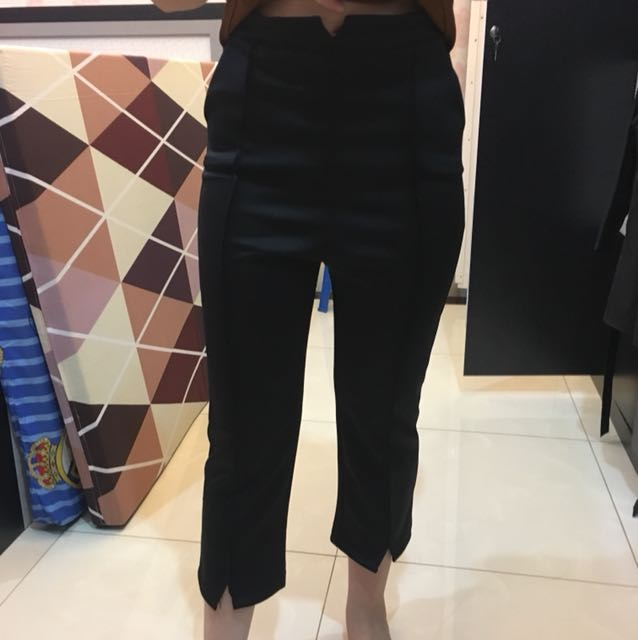 Black 3/4 Cullote Pants