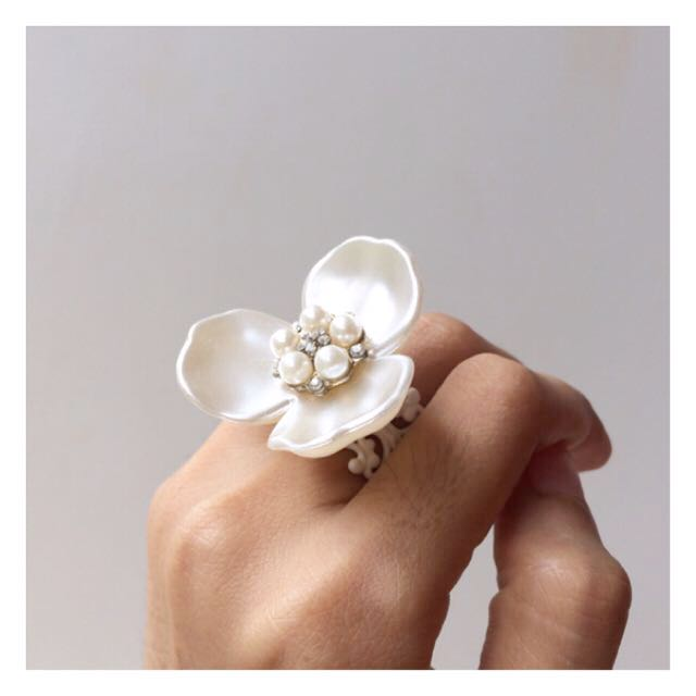 #BUY2GET3 Big white flower statement ring high quality limited handmade jewelry