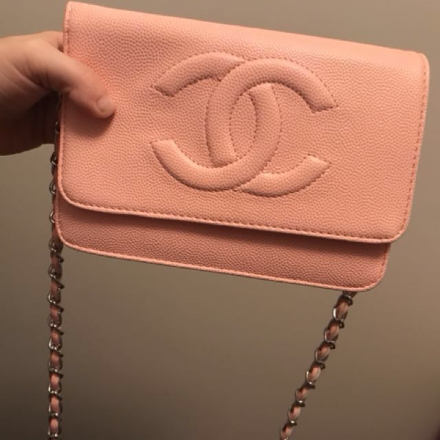 CC beautiful light pink purse