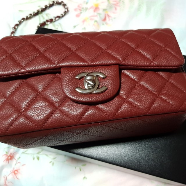c4d6210a618475 Chanel Classic Mini Dark Red, Luxury, Bags & Wallets on Carousell