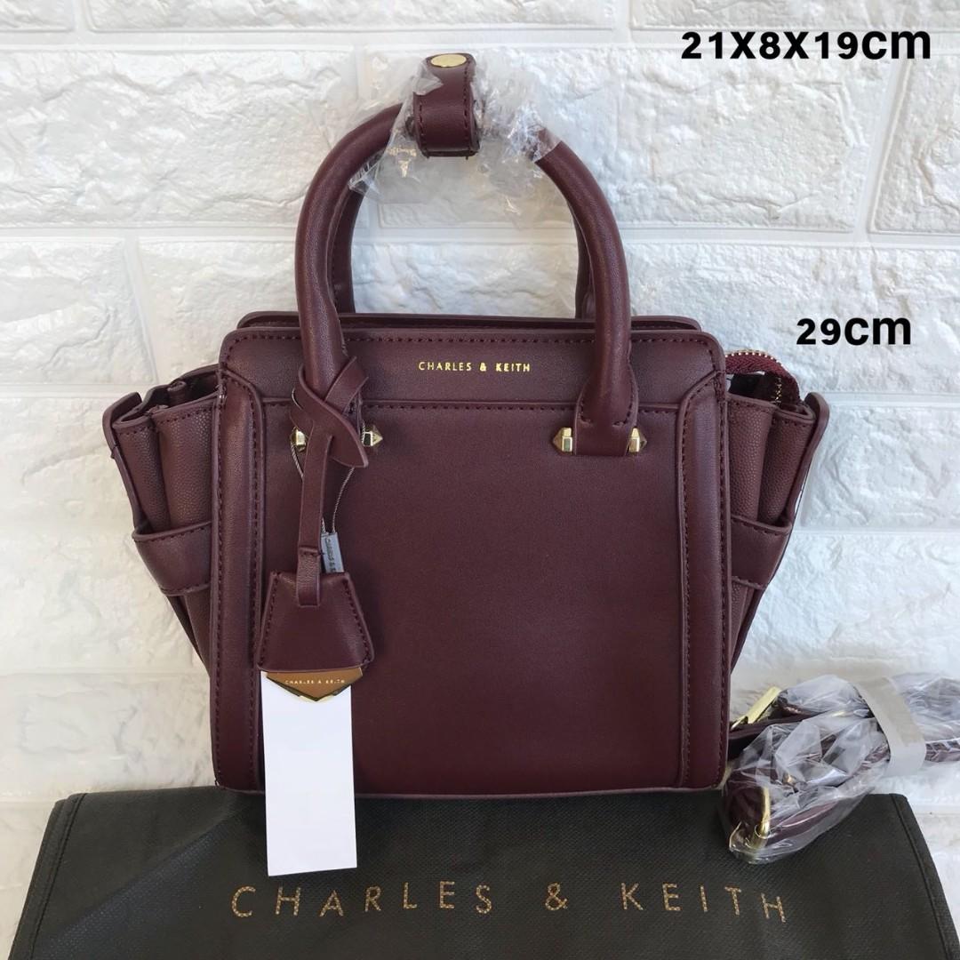 Tas Wanita Charles N Keith Free Pouch Mutiara Super Daftar Harga  Tangan Branded Ck 00773 Krem2 And Boxy Mini