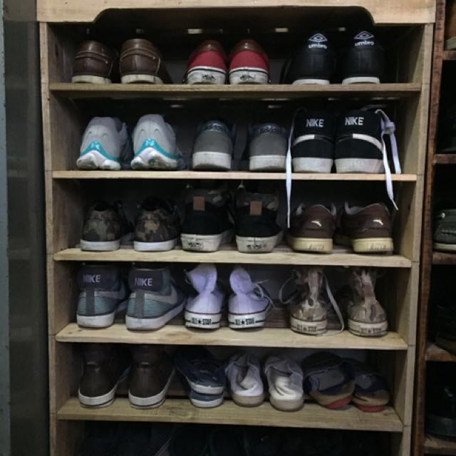 Customized wood shoe rack