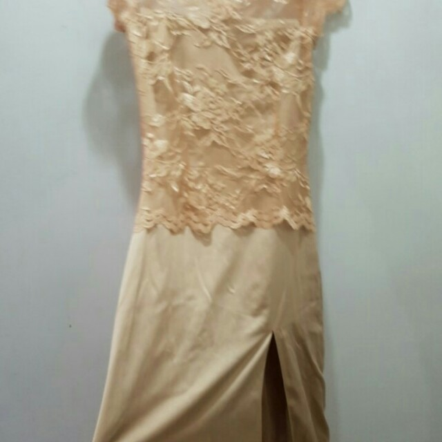 Dress panjang (krem)