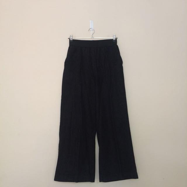 Front seam wide leg pants