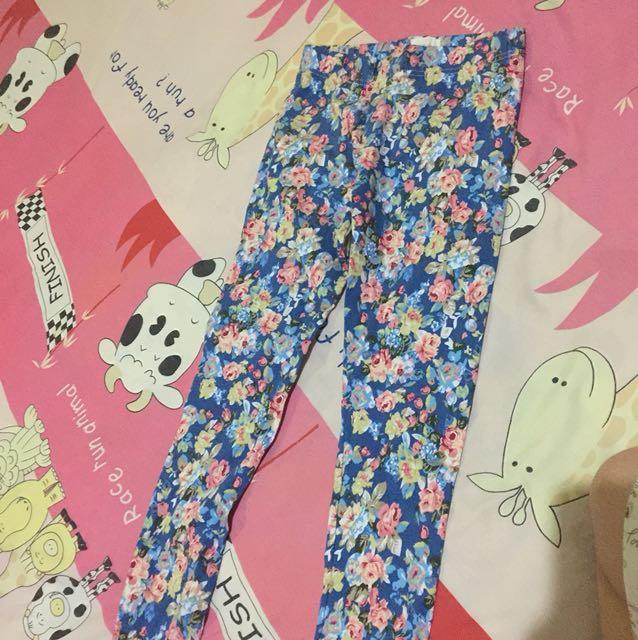 Gaudi celana panjang karet bunga