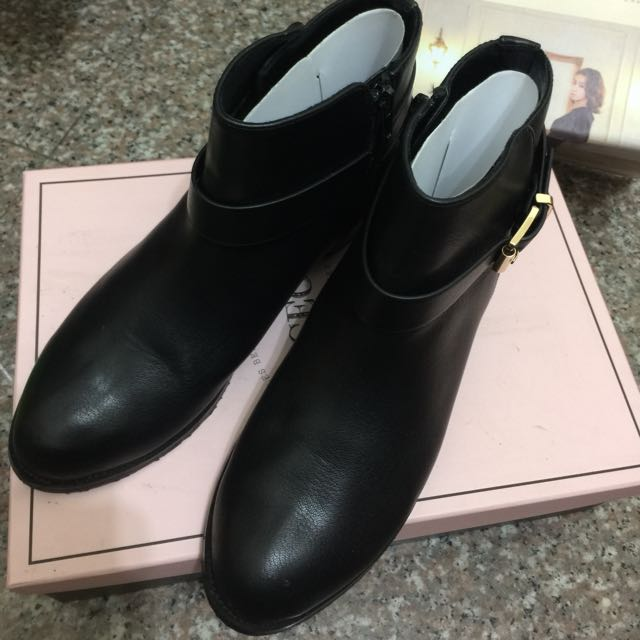 Gracegift ❤️grace gift氣質出眾 雙帶金釦短靴 40 25