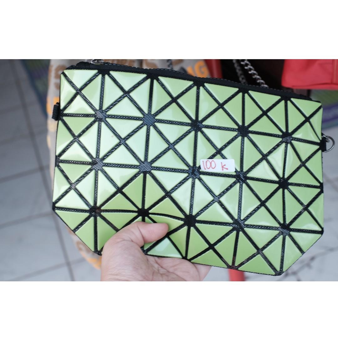 green baobao bag