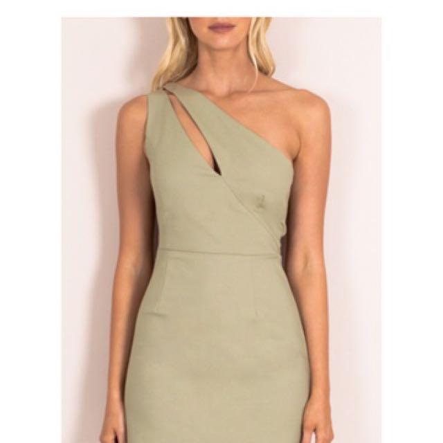 Green one shoulder mini dress 8