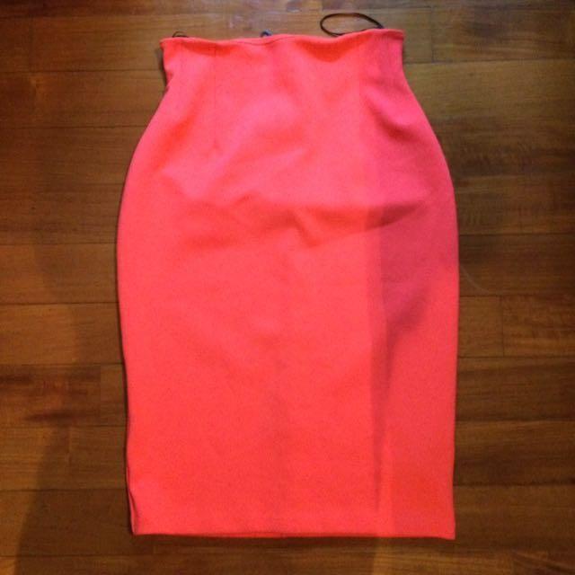 H&M Neon Pink Skirt