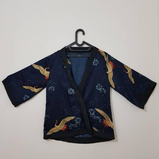 Kimono bird