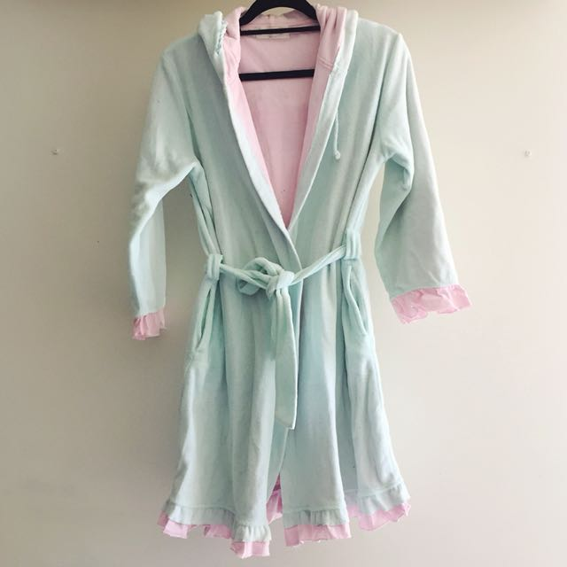 Peter Alexander bath robe