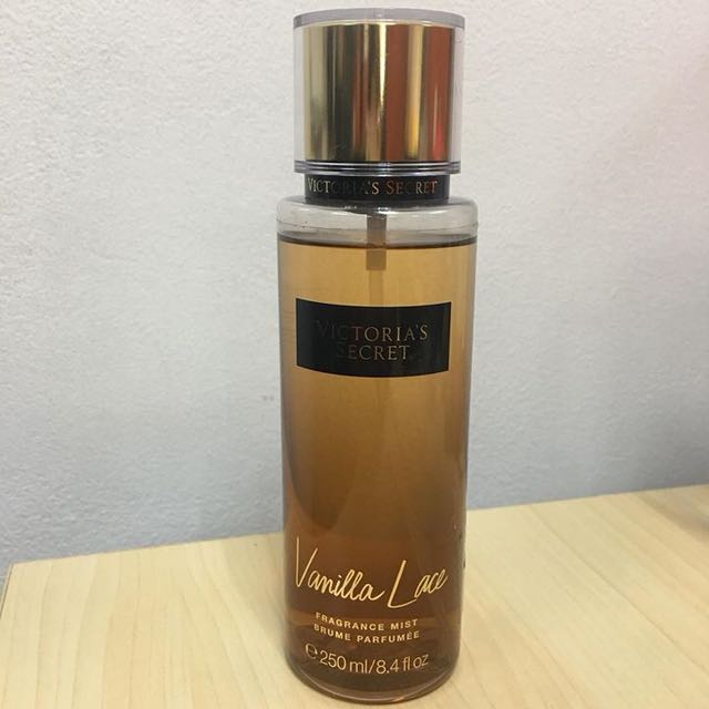 Preloved AUTHENTIC VICTORIA'S SECRET VANILLA LACE FRAGRANCE MIST. just used a few sprays. ONLY 600 PESOS NEGOTIABLE