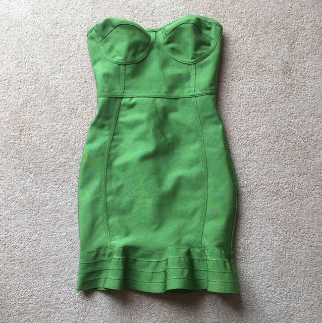PRETTY LITTLE THING Mini dress size 4-6 Green Party